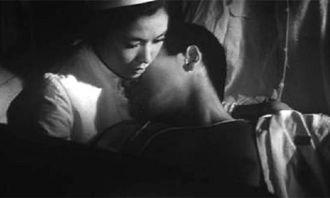 日本反战剧 女护士用身体抚慰断臂伤员