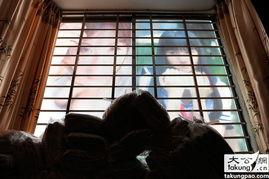 长沙现最霸气洗浴城 54位高清性感美女海报贴满5层楼 3 5