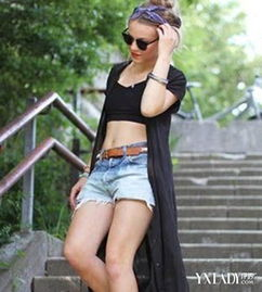 女生超短裤图片曝光 教你掌握搭配超短裤的技巧