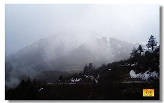 ...游窜 住在幸福转角 吃在大街小巷 神圣的梅里雪山 雨崩桃源 还有山神...