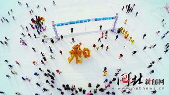 雪的名字四个字】-河北新闻网讯(   )12月19日上午11时,易县狼牙山滑雪场内人流涌动...