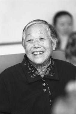 后,许燕吉考入北京农业大学畜牧系,随后在反右斗争中被隔离审查,...