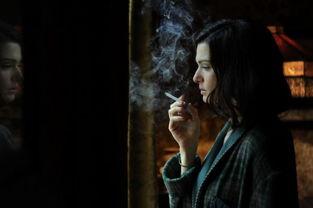薇思与麦卓谁大-去年 10 月,在《007:大破天幕危机》的伦敦首映式上,英国演员蕾...