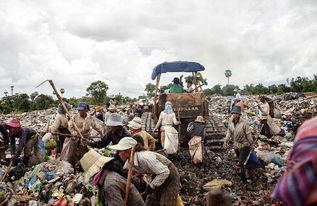 黄色网站和-...10个小时.(网页截图)-柬埔寨垃圾场童工悲惨生活成游客猎奇景点...