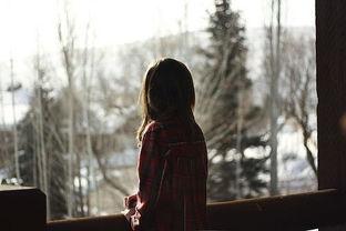 ...深度的QQ女生网名 假笑太久 都忘了如何悲伤