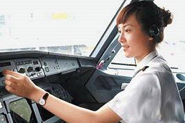 最美女机长年仅29岁天分高 执飞A321机型 6