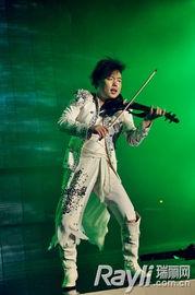 时而燕语莺啼,飘渺悠扬.精彩的演绎让现场观众感受到高雅音乐的...