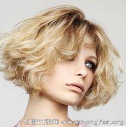 最新欧美时尚发型图片 女生短卷发发型