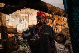 高考失意生修仙记-Rahab Ruguru,42岁,独自抚养6个孩子,最小的4岁,最大的17岁.因...
