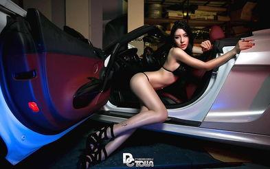 极品性感美女车模珍藏美照