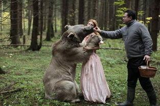 先锋另类兽交人与动物先锋另类兽交人与动物你好.我有 我网盘里挺多...