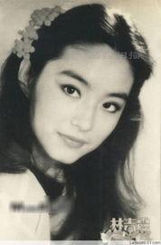 ...年女星年轻时的清纯美照