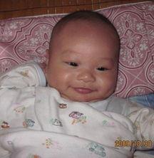 看我的三个月纯母乳宝宝 不漏奶,不涨奶,吸奶挤奶很少上60ML一次
