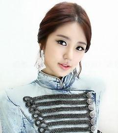 80尹恩惠作为韩国现在最当红的女... 堪称娱乐圈鲜有的极品女星,