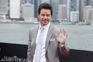 ...月19日下午,好莱坞大片《变形金刚4:绝迹重生》在香港举行全球...