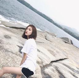 冷淡小仙女 林更新前女友超短裤秀逆天长腿