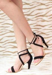 ...清仓韩国风完美情人时尚精致气质系带黑色高跟鞋羊皮凉鞋