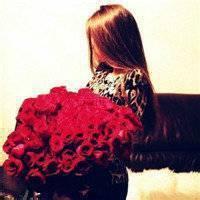 qq头像女生有花的