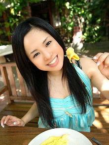 成人家庭做爱a片-日本AV女优背后的病态社会 非 淫 字可概括