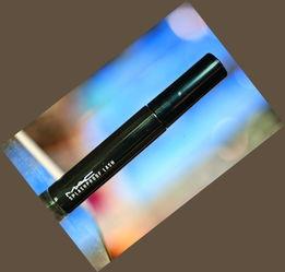 MAC持久防水睫毛膏-美容顾问教你玩转旅行妆