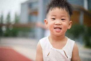 表情 加油表情包小男孩 小男孩握拳加油图片 加油表情包图片大全 加油...