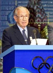 ...2001年宣布北京申奥成功(资料图)-萨马兰奇逝世 享年89岁,通...