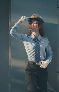D.Va的这款女警皮肤让韩国当地的警局都沦陷了,可见制服样的D.Va...