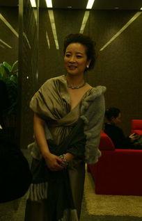 exo之劳资是个女流氓-新浪娱乐讯 由北京电视台主办的《北京电视台2007年度影视盛典》昨...