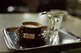 蓝山咖啡 传奇女人的饮料