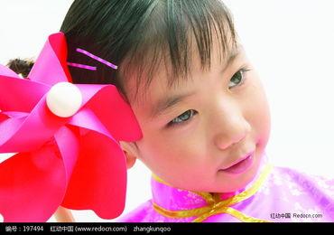拿着风车的小女孩图片免费下载 编号197494 红动网