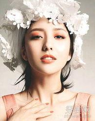 粉黄色都很适合亚洲人,避免选用大红色、深蓝色等太浓郁的颜色.   ...