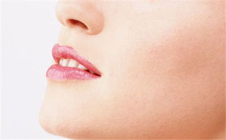 口腔溃疡反复 警惕5个预警信号