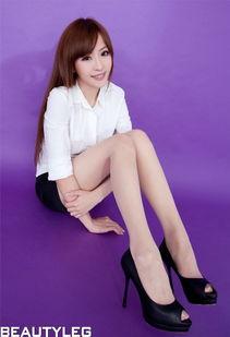 办公室长发性感美女前凸后翘肉丝高跟诱惑写真图片 丝袜美腿模特性感...