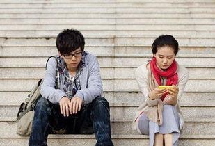 电影《伤心童话》继公开了胡夏演唱的同名主题曲《伤心童话》MV之...