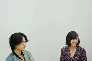 太丧了,这两个边缘人的爱情夺得了日本旬报最佳电影第一