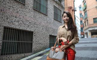 综合每日电讯报等媒体报道,朝鲜脱北者朴银美,1993年出生,今年...