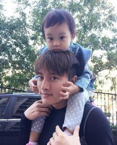 腾讯娱乐讯今日,是李小璐(微博)33岁生日,一大