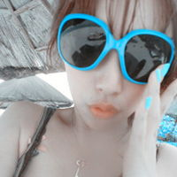 qq女生戴眼镜头像 3