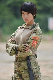 我是特种兵之火凤凰 女兵性感大尺度照曝光