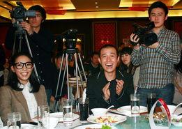 白百何文章大笑-失恋 破两亿 滕华涛 拍下部戏之前 脱光