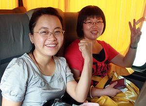 ...米(左)绽放着自信的笑容.(资料图片)-中国文明网-芜湖