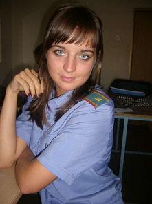 制服装的女警学员.-俄罗斯警校美女真开放