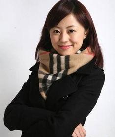 凤凰卫视主持人杨舒个人资料及照片 杨舒年龄及图片 2
