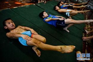 跳水少年的逐梦之旅