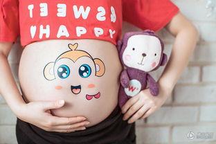 挺着大肚子被触手产卵漫画-腾讯娱乐讯 日前,戴娇倩首度曝光了一组孕照,片中的她或带墨镜、...