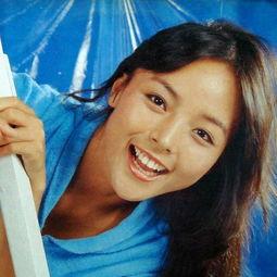 久久一本道综合久久av- 长相甜美的刘蓝溪出家过程,讲求缘分.她十六岁出道,拍过琼瑶电影...