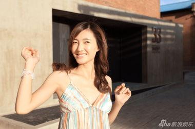 ...乐讯 目前,由演员王丽坤主演的多部电视剧正在各大卫视播出.其中...