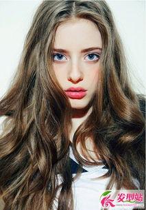 气质女生长发发型 唯美发型惊艳你我