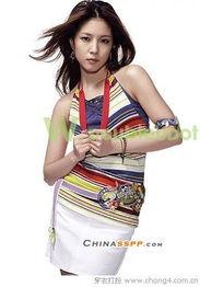 ...张力的设计风格释放青春魅力-10款吊带装新穿法