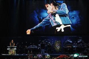 《迈克杰克逊:体验》:Just Beat it!